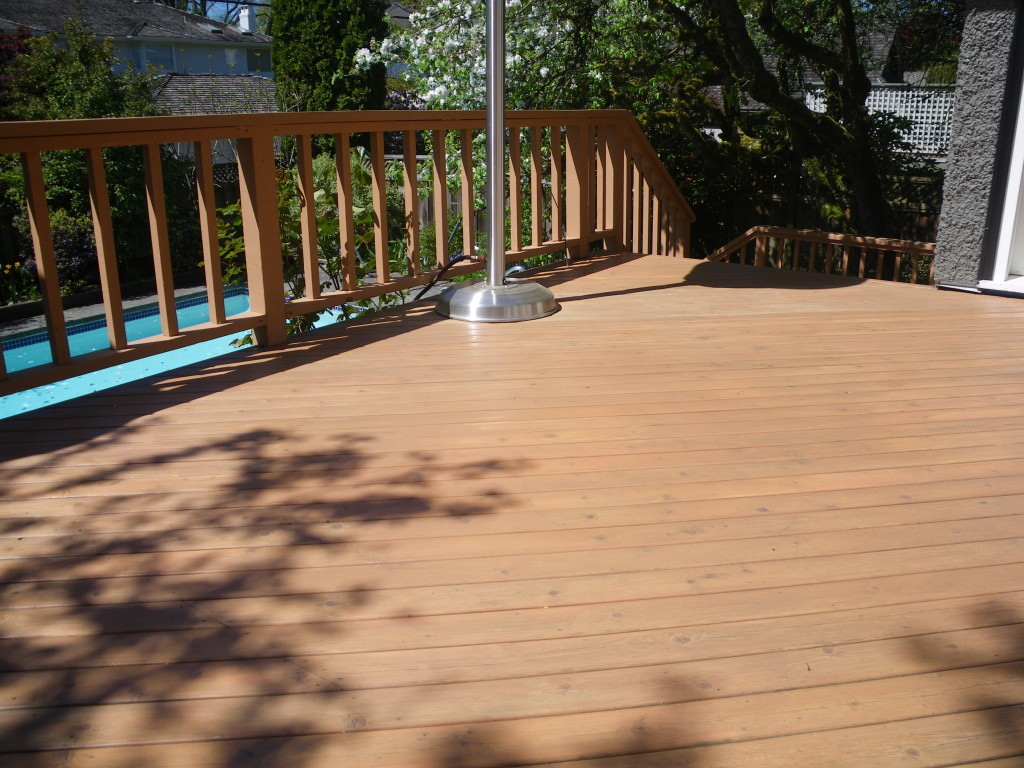 Deck-staining-shaughnessy-painting-deck-refinishing-vancouver-painters